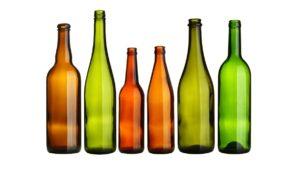 Verschiedenfarbige Glasflaschen